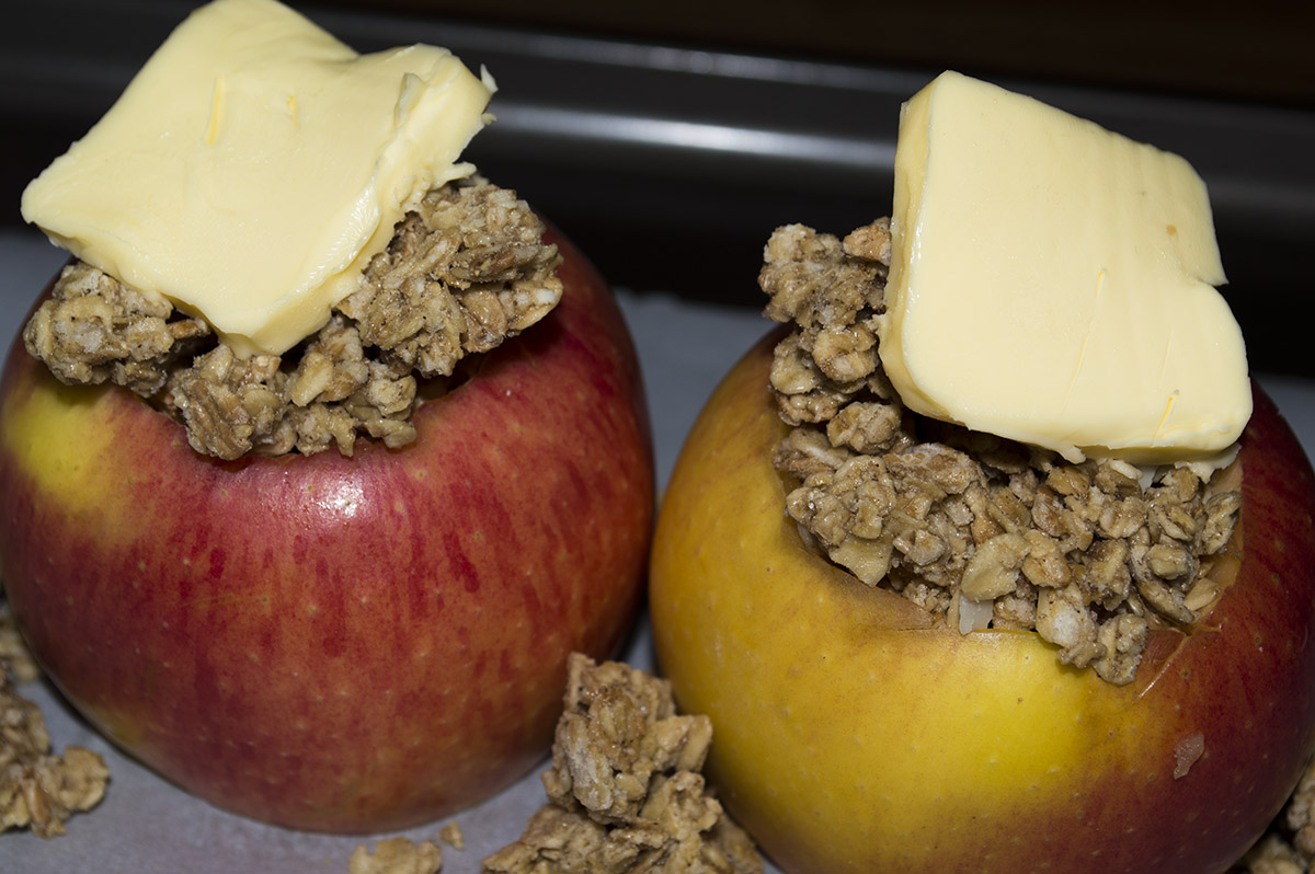 how to cook apples in the oven