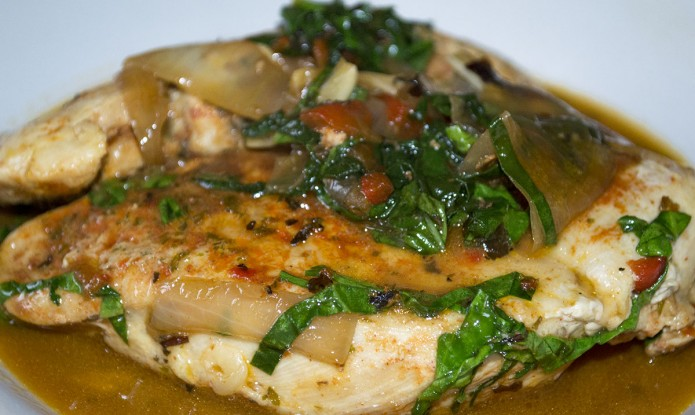 Roasted Bell Pepper Chicken with Spinach